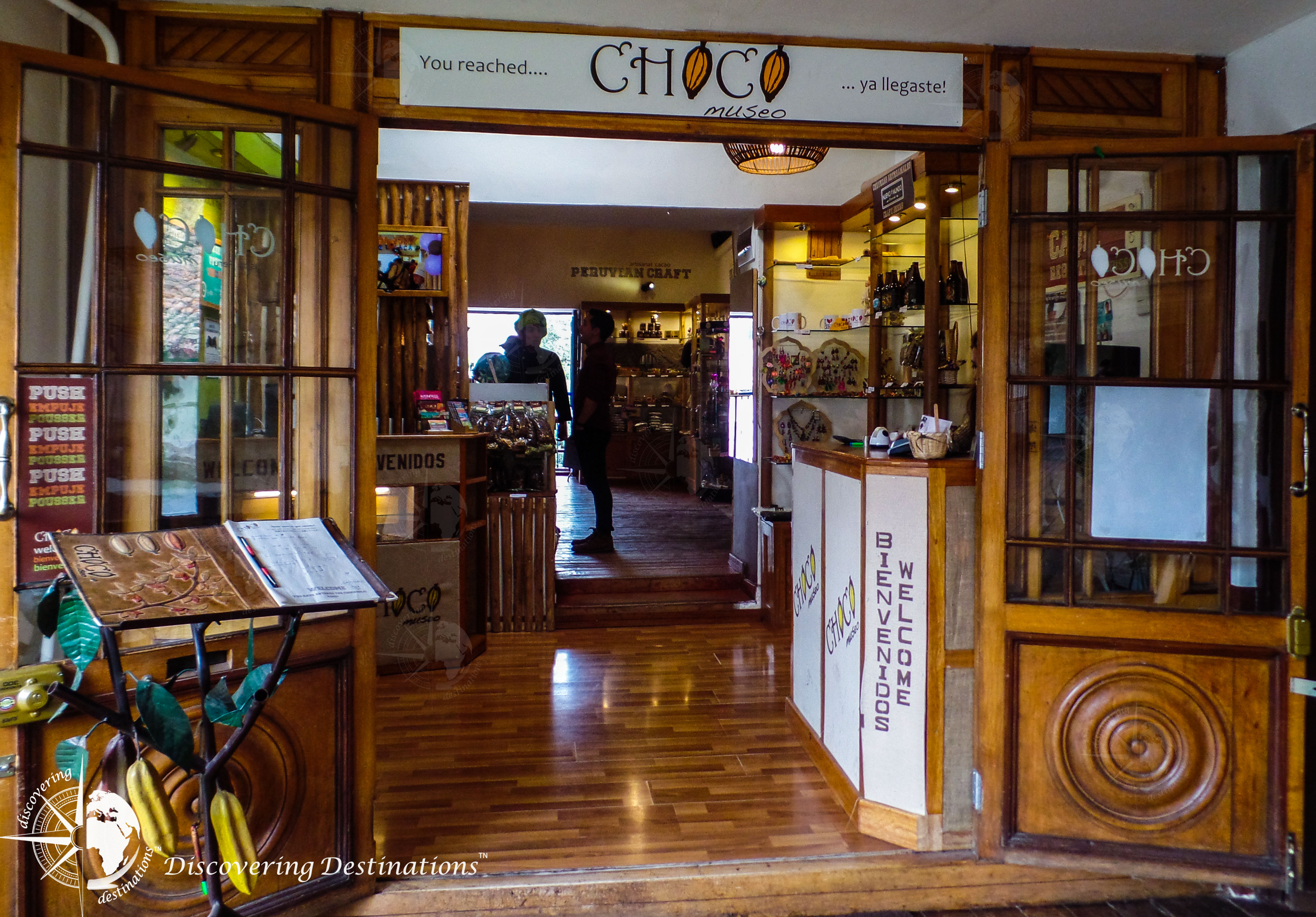 discovering chocolates - cusco