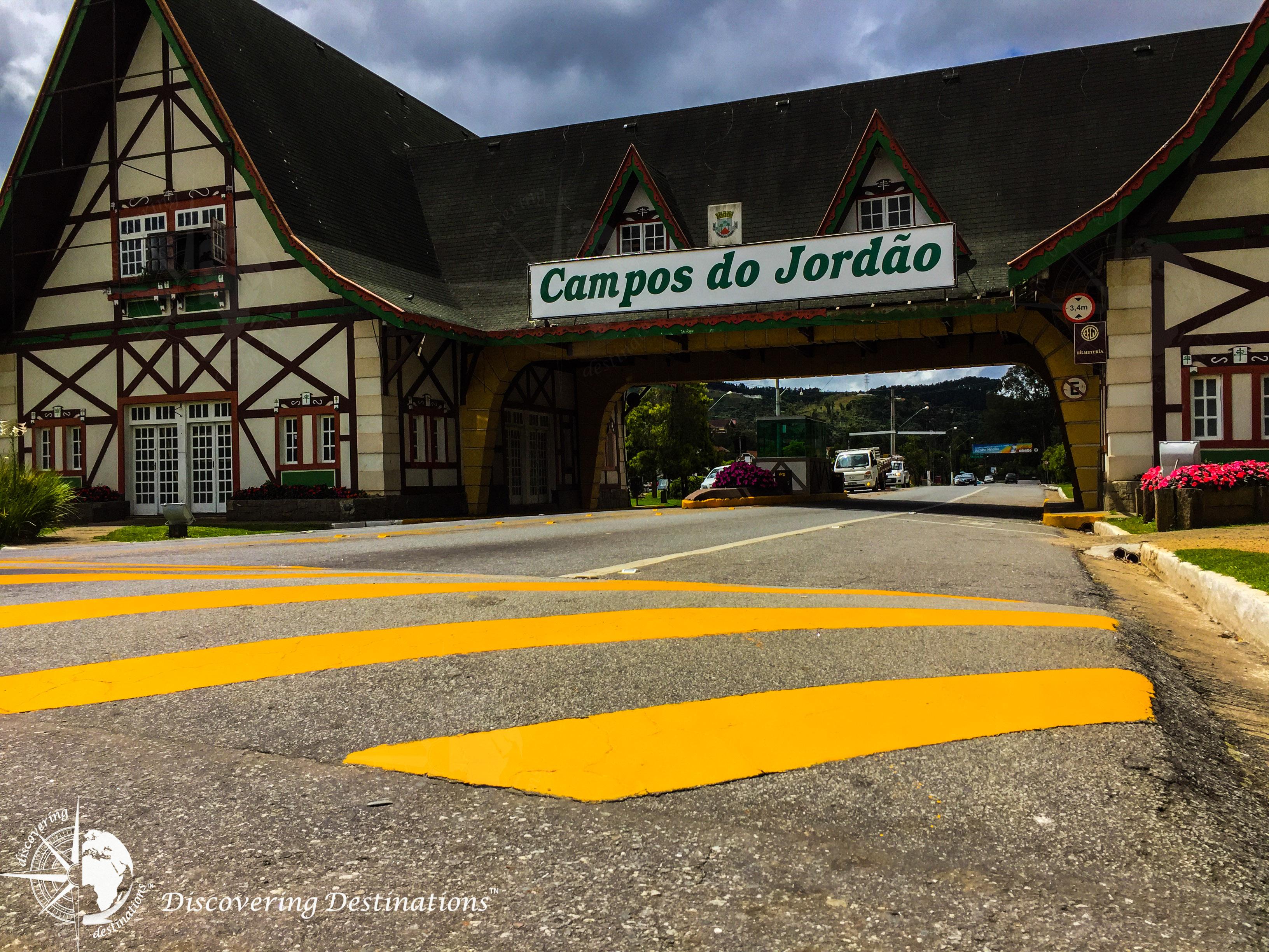 Discovering Campos do Jordão - city entrance