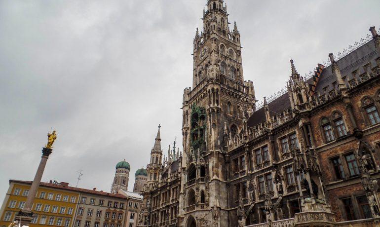 Discovering Marienplatz