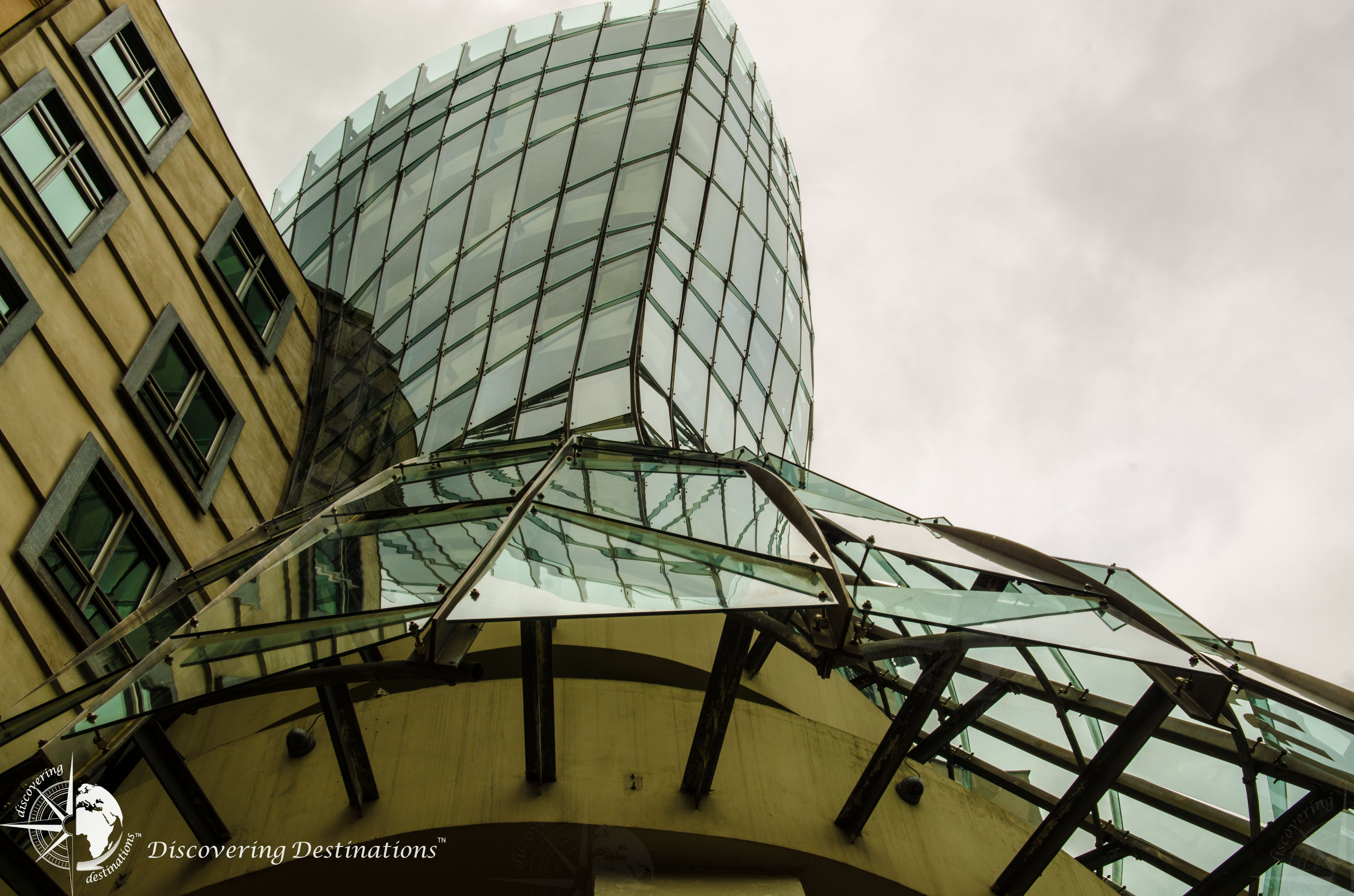Discovering Dancing House