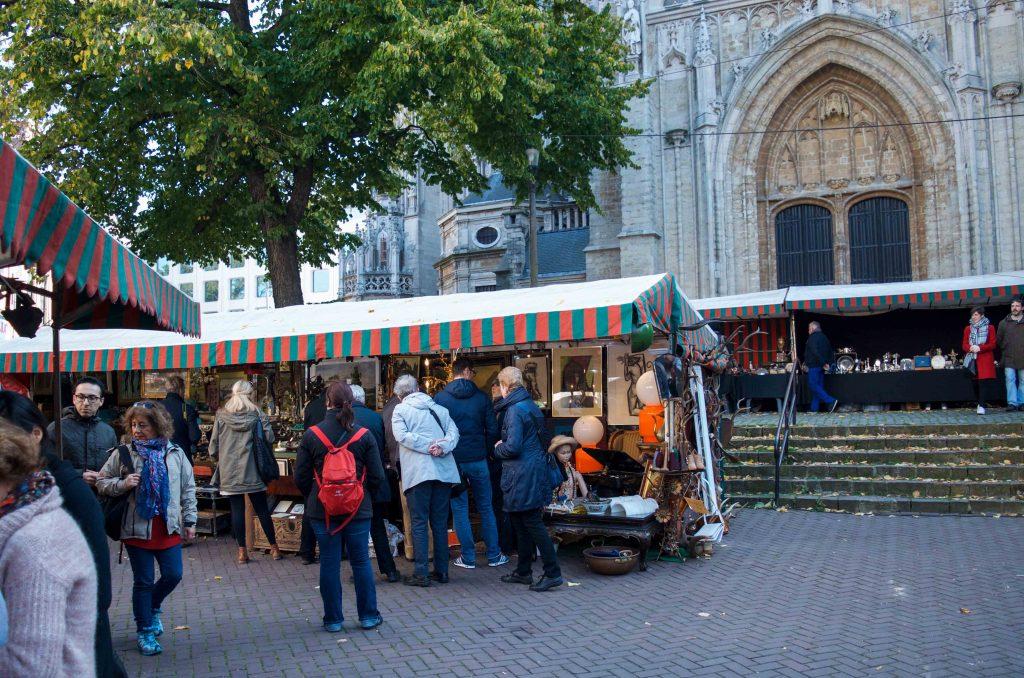 Outdoor market at Grand Sablon